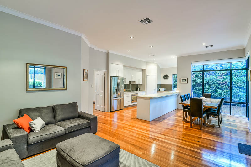 Mosman Park Painter Somerset Cres 6012